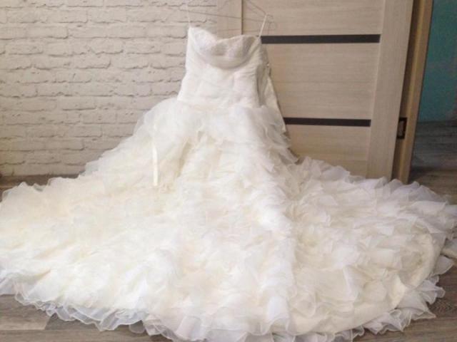 Продам шикарное  свадебное платье - 1