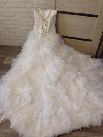 Продам шикарное  свадебное платье - 4