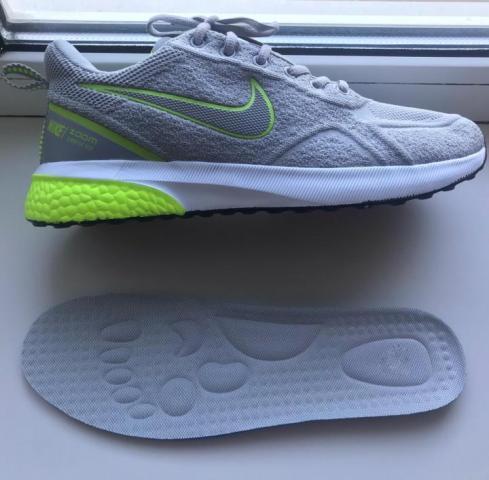 Продам кроссовки Nike - 1