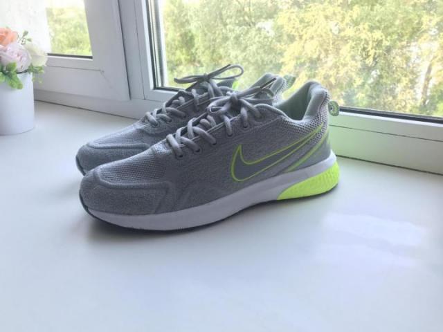 Продам кроссовки Nike - 4