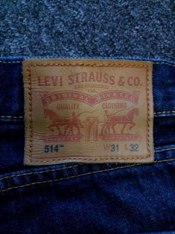 Продам  джинсы Levi's - 4