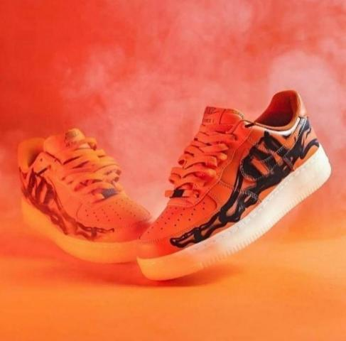 Продам  кроссовки - 1