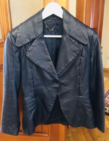 Продам кожаную куртку Anna Rita - 1