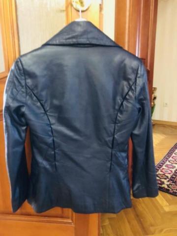 Продам кожаную куртку Anna Rita - 2