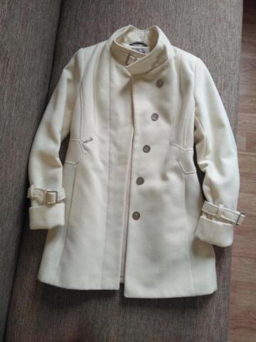 Продам белое пальто демисезонное . - 1