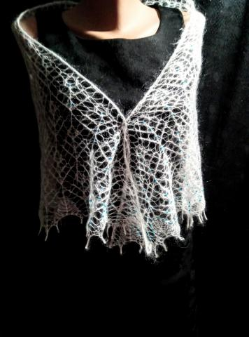 Шаль косынка вязанная спицами - 5