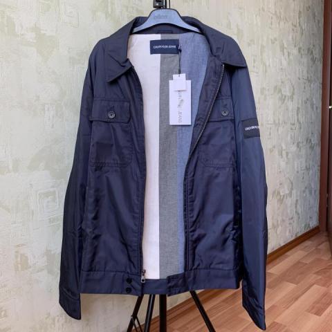 Продам  Ветровку Calvin Klein Jeans - 1