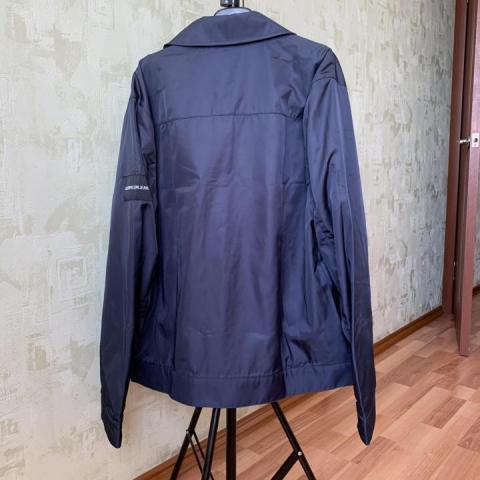 Продам  Ветровку Calvin Klein Jeans - 3