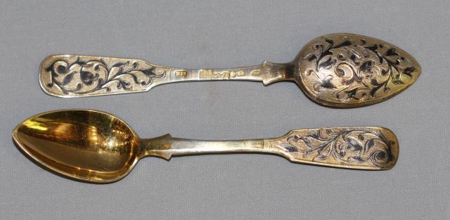 Продам серебрянные антикварные чайные ложки в Европе. - 1