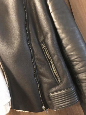 Продаю куртку  в Черногории - 2