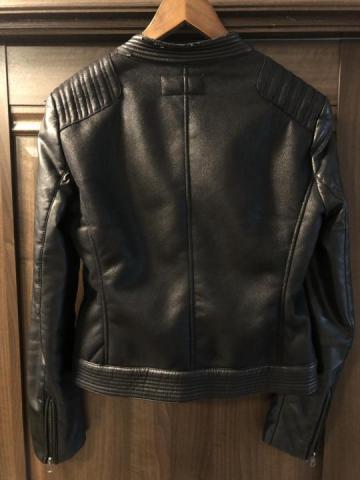 Продаю куртку  в Черногории - 5