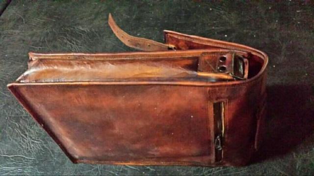 Продам новую кожаную сумку  в Португалии - 2