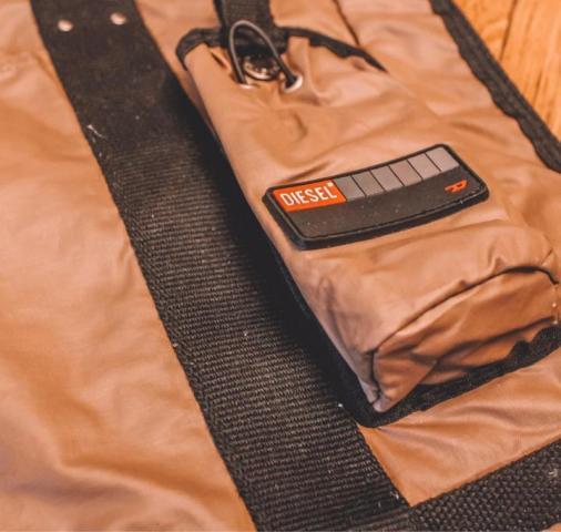 Продам сумку DIESEL в Бельгии - 3