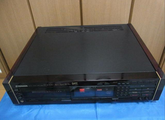 Японская кассетная дека Pioneer D-1000 DAT - 2