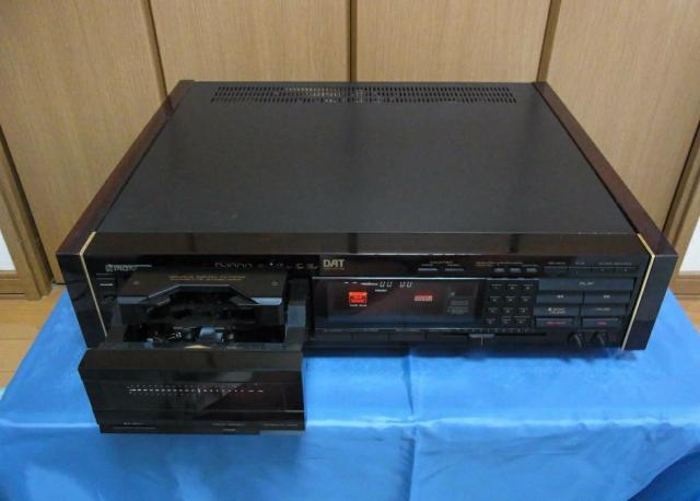 Японская кассетная дека Pioneer D-1000 DAT - 4