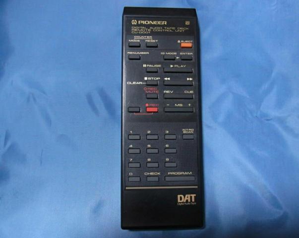 Японская кассетная дека Pioneer D-1000 DAT - 5