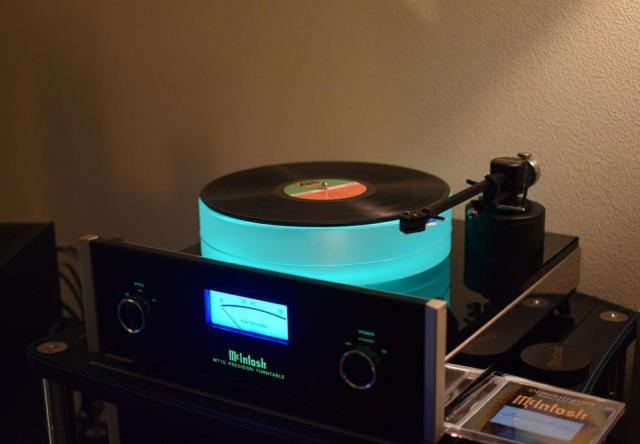Проигрыватель виниловых дисков McIntosh MT-10 - 1