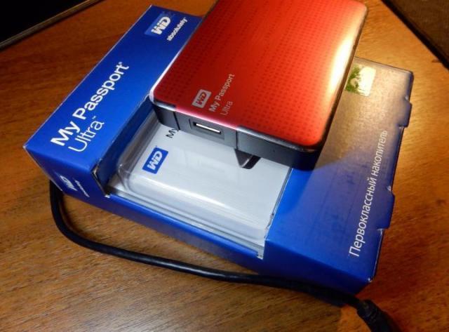 Продам Внешний жесткий диск WD My Passport Ultra,RED в Германии - 2