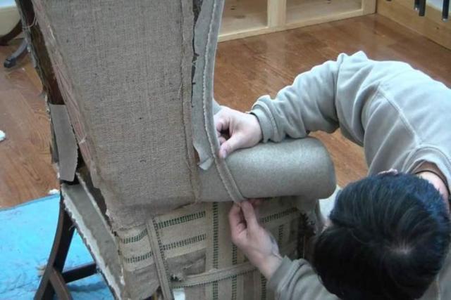 Требуются работники на перетяжку мебели во Франции - 2