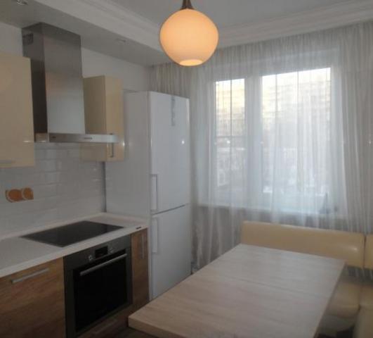Сдаю бесплатно одной иногородней девушке отдельную комнату в двухкомнатной квартире в Москве. - 3