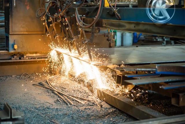 Требуется Операторы на Завод металлоконструкций в Румынии - 1