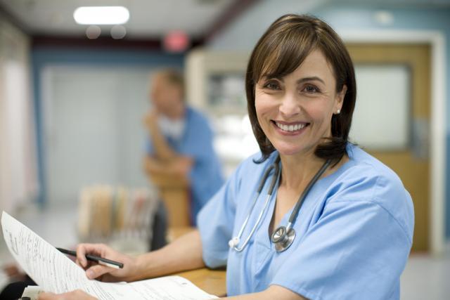 Требуется медсестра  в медицинский центр в Исландии - 1
