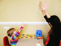 Ищу работу Психолога  для ребенка с аутизмом в Европе.
