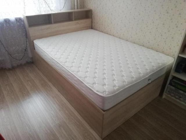Продам Кровать с ортопедическим матрасом в Бельгии - 2