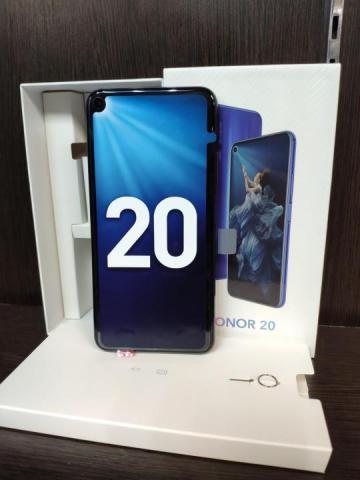 Продам новый  телефон Honor 20 6/128gb в Норвегии - 1