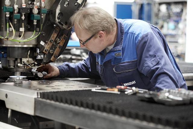 Предлагаю работу механик по ремонту деревообрабатывающих станков - 1