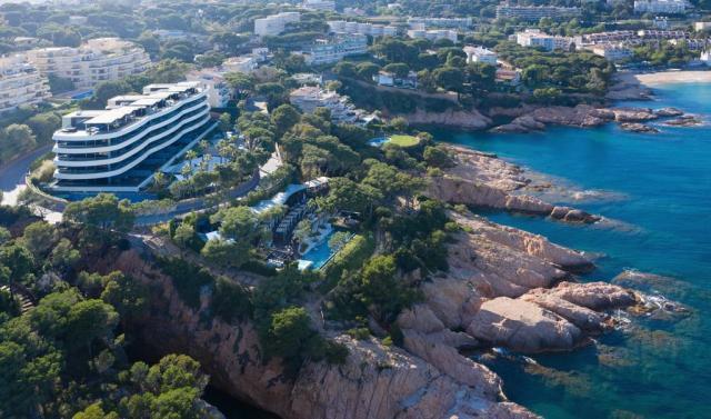 Операционный менеджер Alàbriga Hotel & Home Suites 5* GL - 1