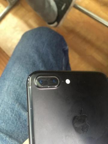 Продам телефон iPhone 7 Plus 32 - 2