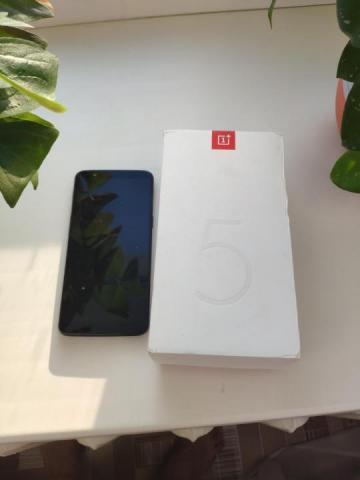 Продам OnePlus 5t - 4