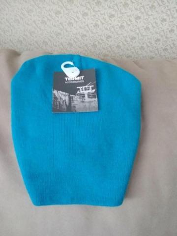 Продам спортивную молодежную шапку - 1