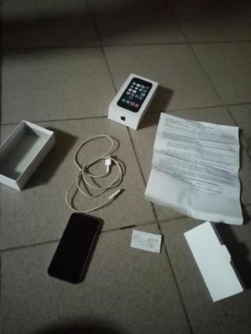 Продам iPhone 32 giga - 2