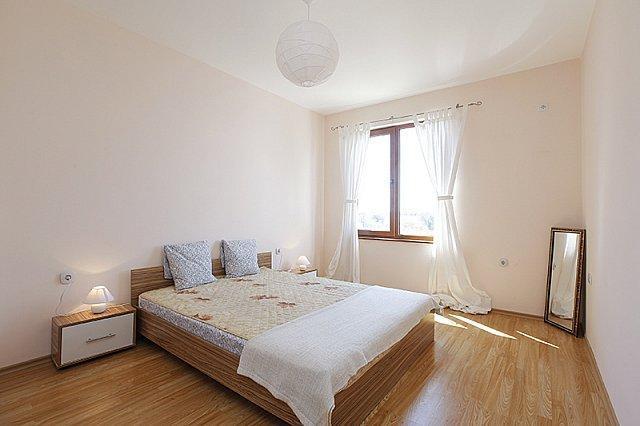 Болгария! Продается уютный апартамент возле моря! - 4