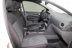 Продам Ford Focus, седан 4 дв. - Изображение 1