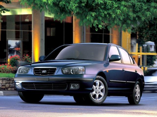 Продам Hyundai Elantra III (XD) - 1