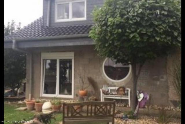 Продам дом в Köln-Höhenhaus - 1