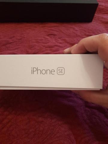 Продам Iphone se 128 Гб space gray - 1
