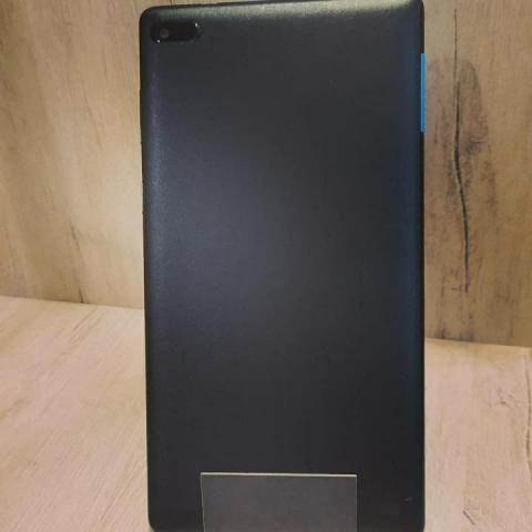 Продам   Планшет Lenovo TB-7304I - 2