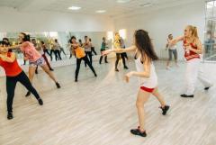 Предлагаю  работу преподаватель   популярных танцевальных направлений