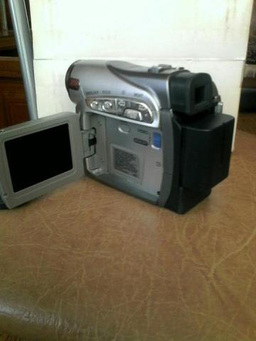 Продам Видеокамеру - 1