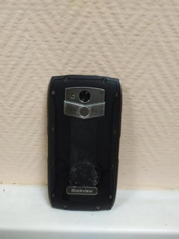 Продам противоударный телефон Blackwiew - 2