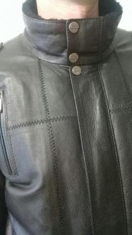 Продаю мужскую кожаную куртку - 1