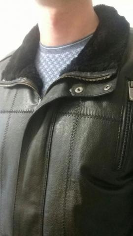 Продаю мужскую кожаную куртку - 3
