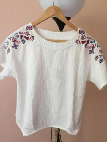 Продам шикарную белую блузу -футболку - 2