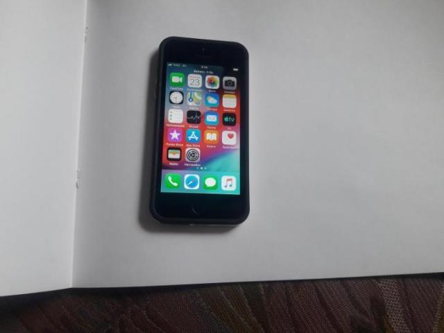 Продам Айфон s5 - 1