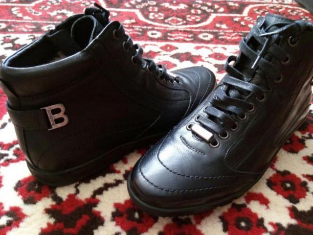 Продам Итальянские новые мужские ботинки - 1