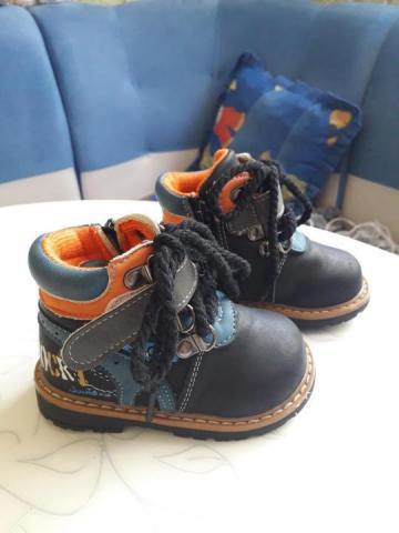 Продам ботиночки - 1